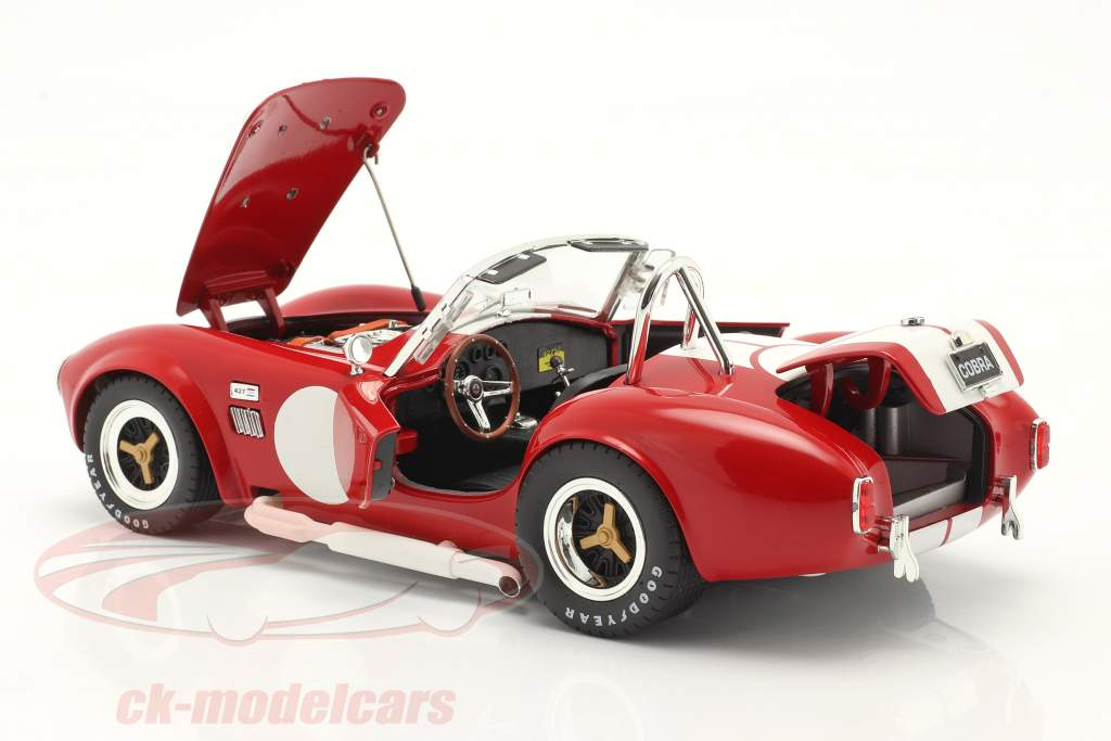 Shelby Cobra 427 S/C Baujahr 1965 rot / weiß 1:18 ShelbyCollectibles
