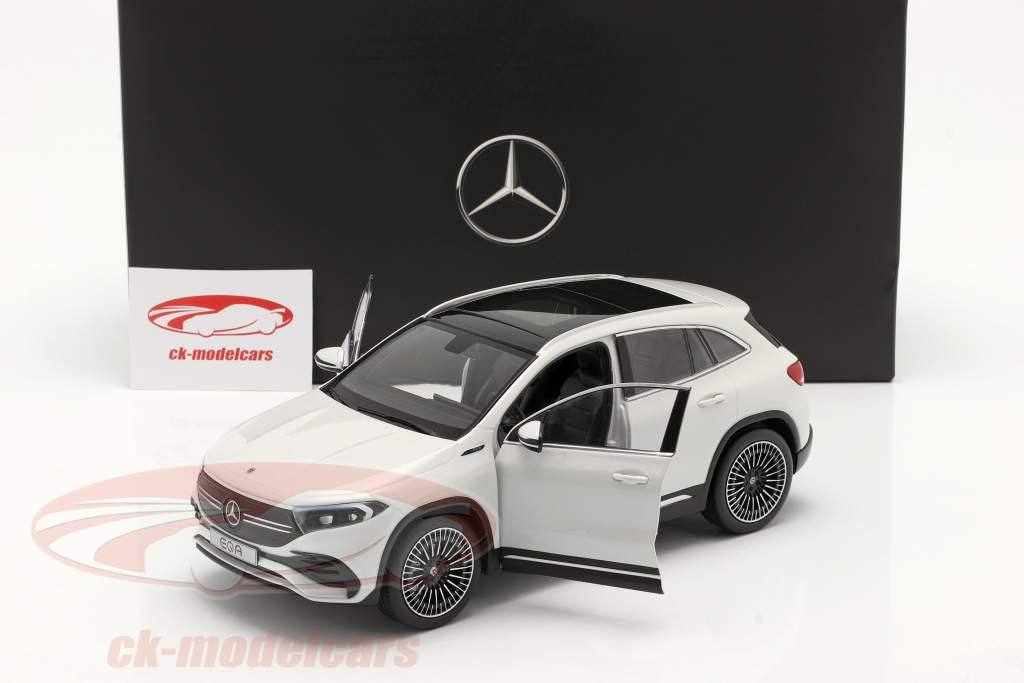 Mercedes-Benz EQA (H243) Año de construcción 2021 digital blanco 1:18 NZG