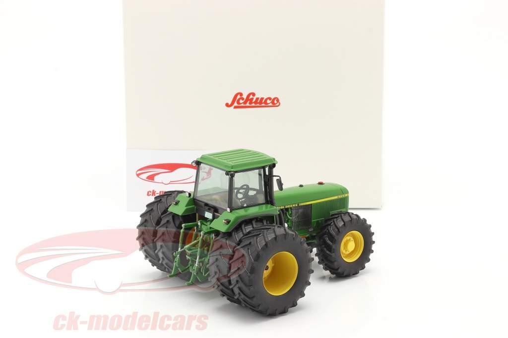 John Deere 4755 tractor with double tires 1989-1991 green 1:32 Schuco