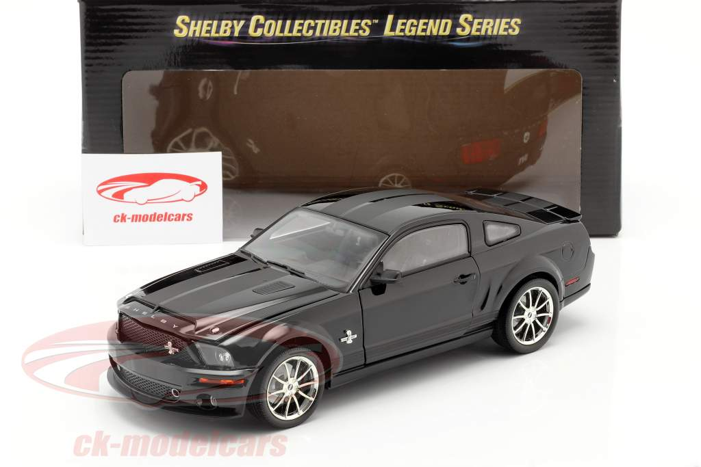 Shelby GT 500KR anno 2008 nero 1:18 Shelby Collectibles