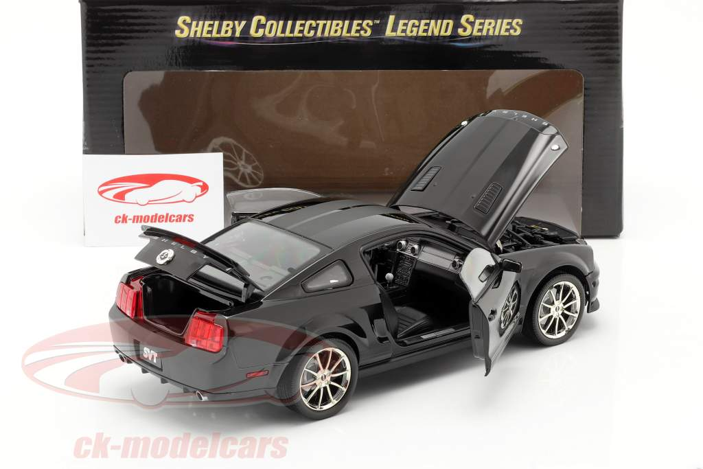 Shelby GT 500KR Year 2008 black 1:18 Shelby Collectibles