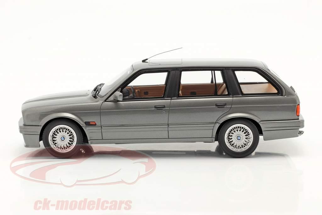 BMW 325i (E30) Touring Byggeår 1991 Grå metallisk 1:18 OttOmobile