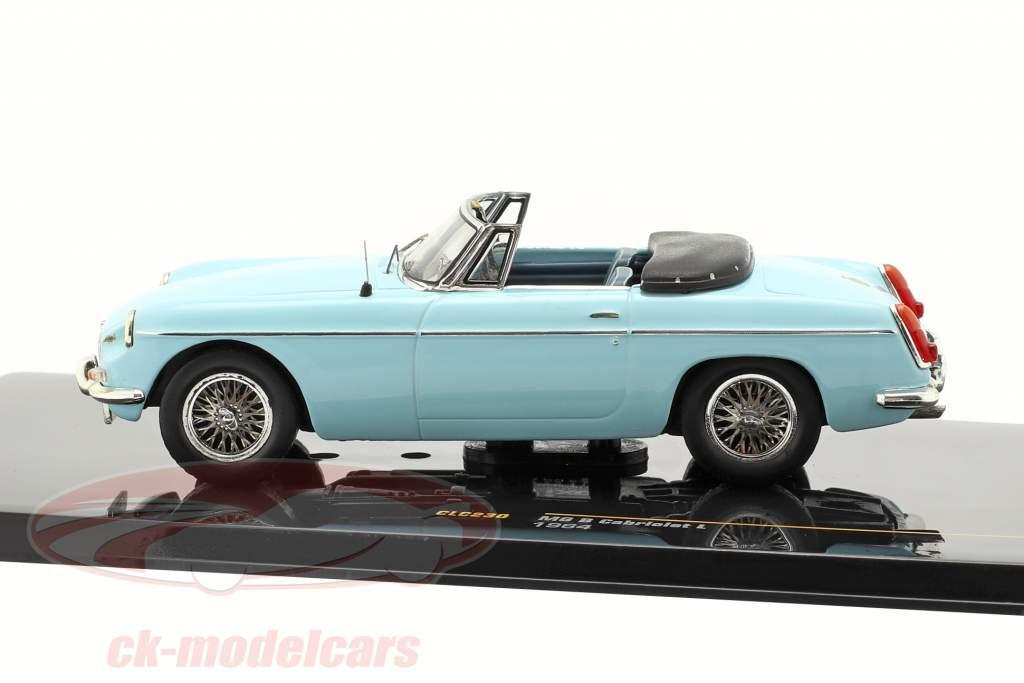 MG B Cabriolet L 1964 lyseblå 1:43 Ixo
