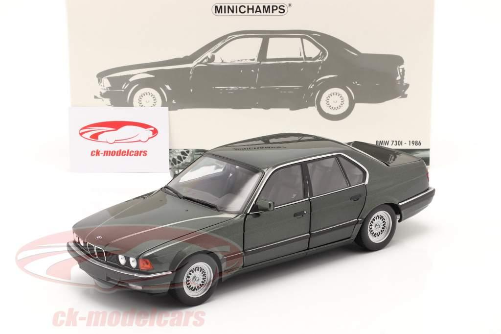 BMW 730i (E32) Byggeår 1986 mørkegrøn metallisk 1:18 Minichamps