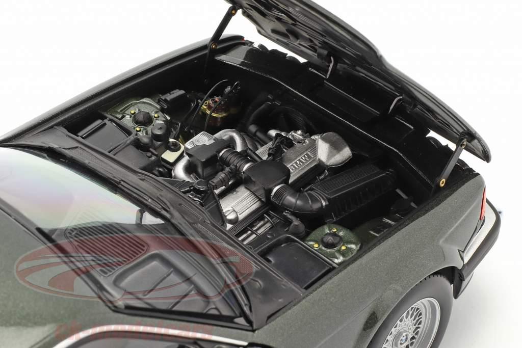 BMW 730i (E32) Année de construction 1986 vert foncé métallique 1:18 Minichamps