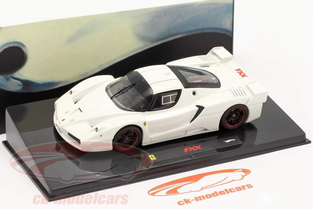 Ferrari FXX weiß 1:43 HotWheels Elite