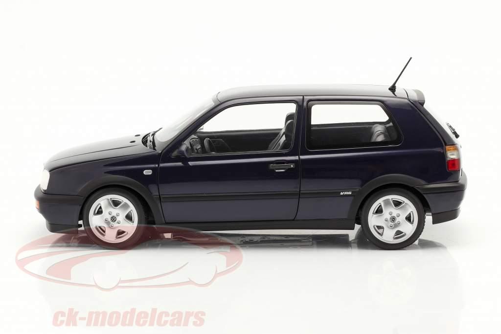 Volkswagen VW Golf VR6 Byggeår 1996 blå metallisk 1:18 Norev