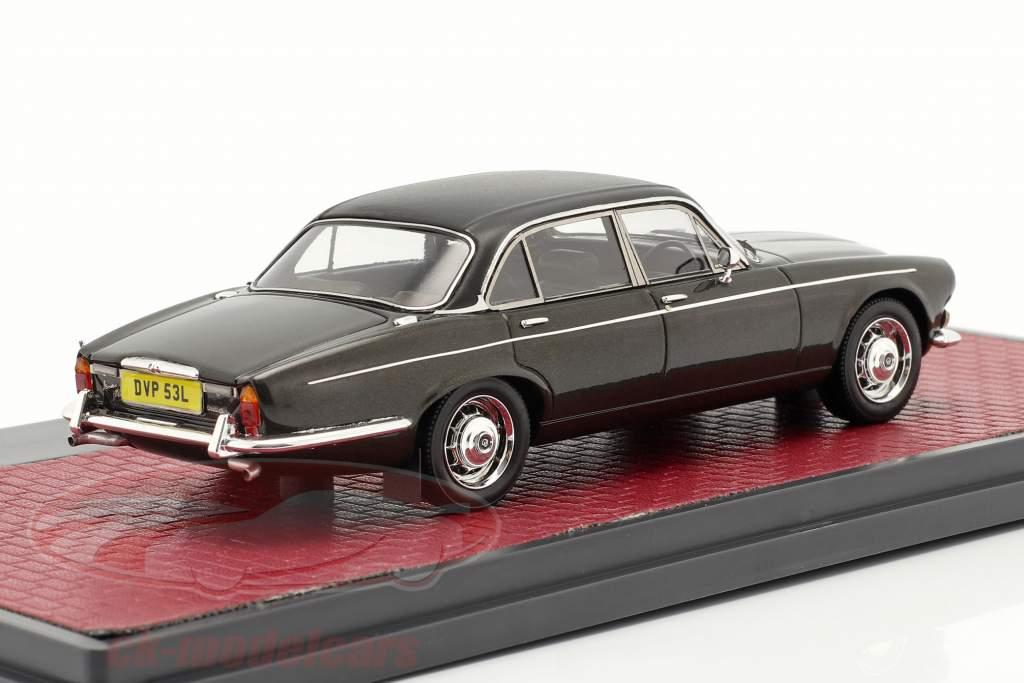 Daimler Double Six Vanden Plas Series I 1973 visón metálico 1:43 Matrix