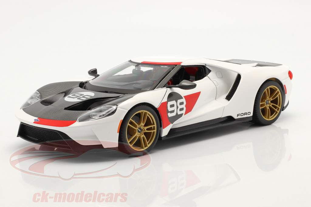 Ford GT #98 Heritage Edition 2021 White / red / carbon 1:18 Maisto