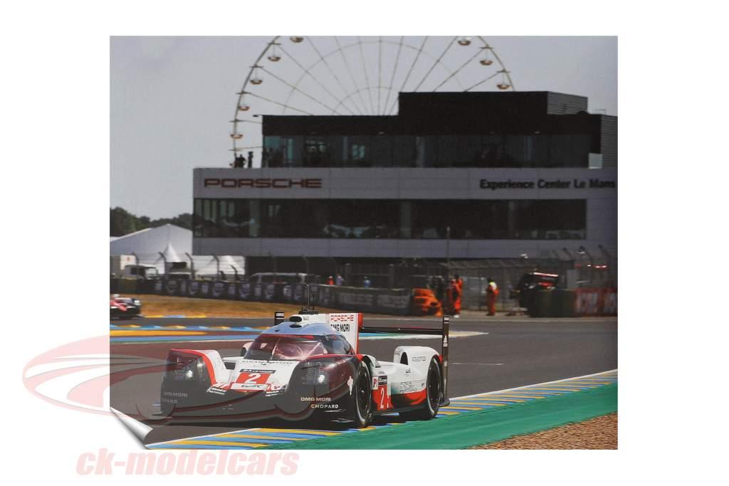 Buch: Porsche Engineering: Vision - Design - Innovation (englisch)