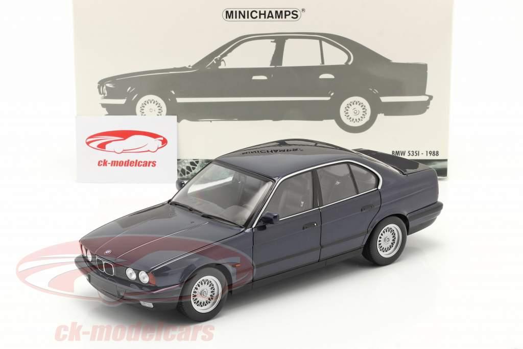 BMW 535i (E34) Ano de construção 1988 azul metálico 1:18 Minichamps