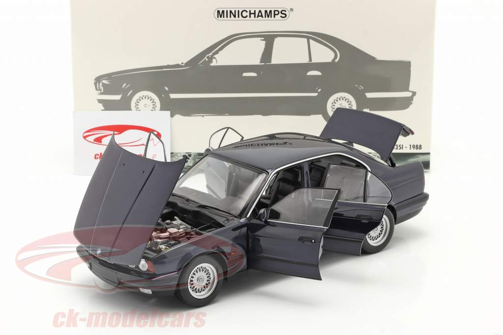 BMW 535i (E34) year 1988 blue metallic 1:18 Minichamps