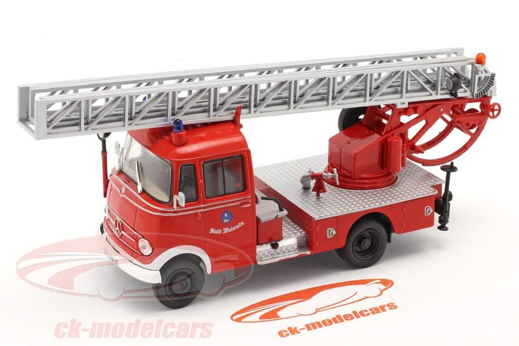 Mercedes-Benz L319 Feuerwehr Walsrode mit Drehleiter rot 1:43 Altaya