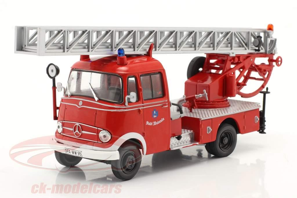 Mercedes-Benz L319 Brandweer Walsrode Met Draaitafelladder rood 1:43 Altaya