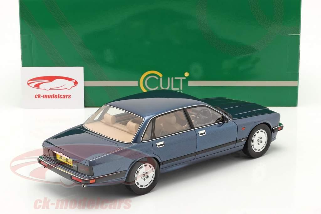 Jaguar XJR XJ40 bouwjaar 1990 solent blauw metalen 1:18 Cult Scale