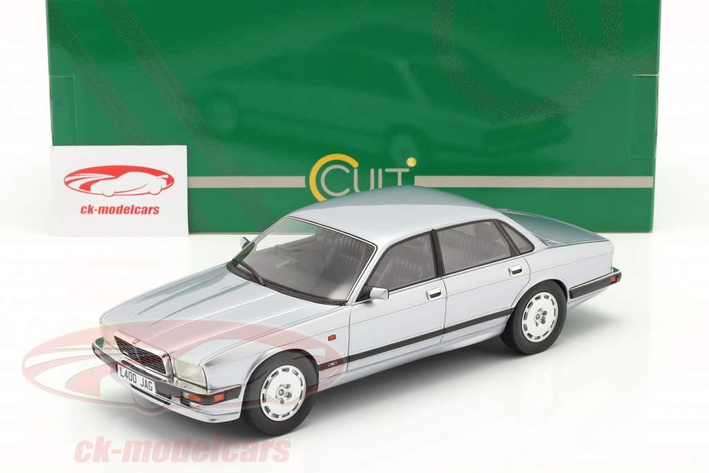 Jaguar XJR XJ40 bouwjaar 1990 vorst zilver 1:18 Cult Scale