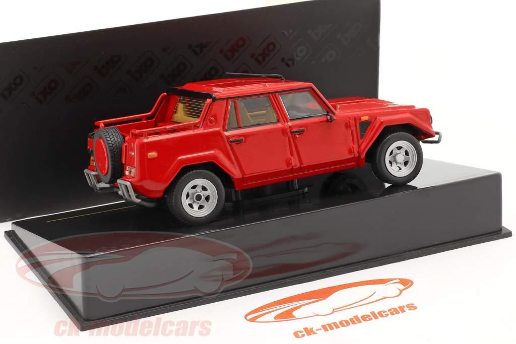 Lamborghini LM002 jaar 1986 rood 1:43 Ixo