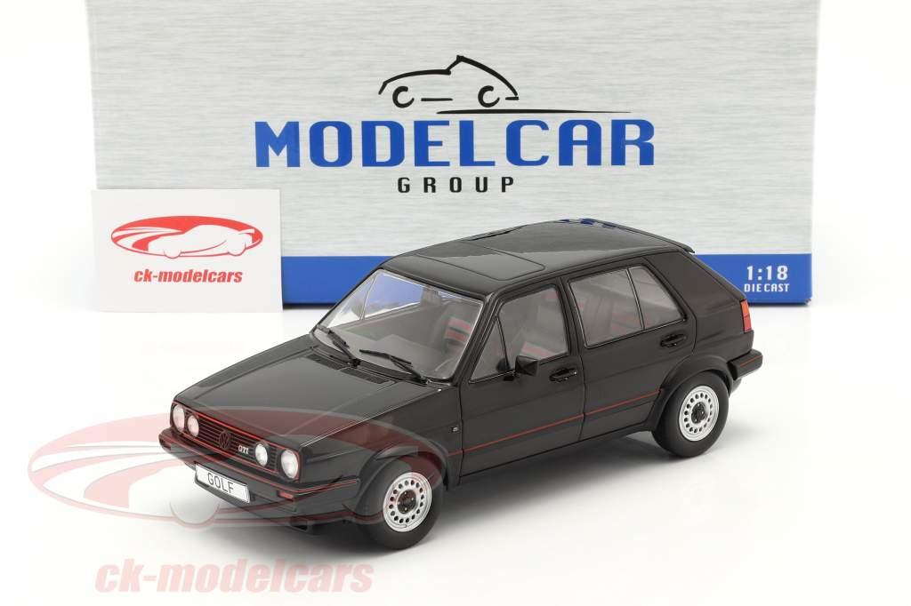 Volkswagen VW Golf II GTI 5-deurs bouwjaar 1984 zwart 1:18 Model Car Group