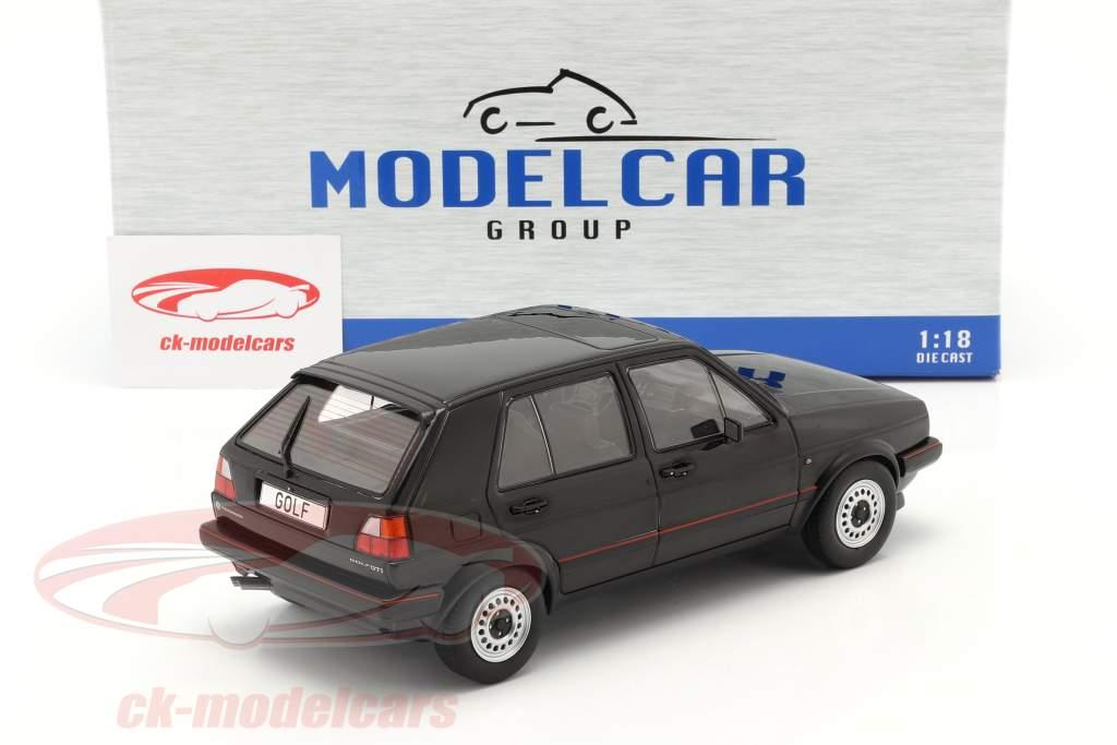 Volkswagen VW Golf II GTI 5-dørs Byggeår 1984 sort 1:18 Model Car Group