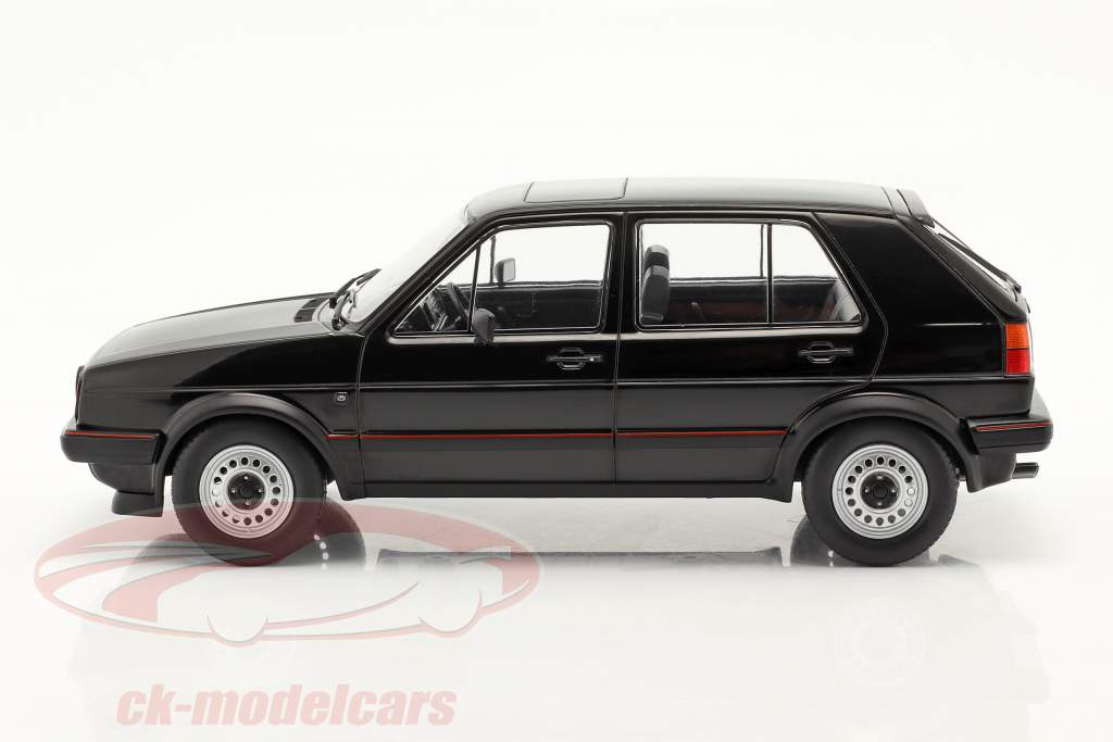 Volkswagen VW Golf II GTI 5 portes Année de construction 1984 noir 1:18 Model Car Group