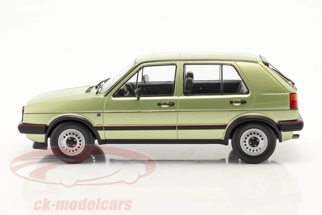Volkswagen VW Golf II GTI 5 portes Année de construction 1984 vert métallique 1:18 Model Car Group