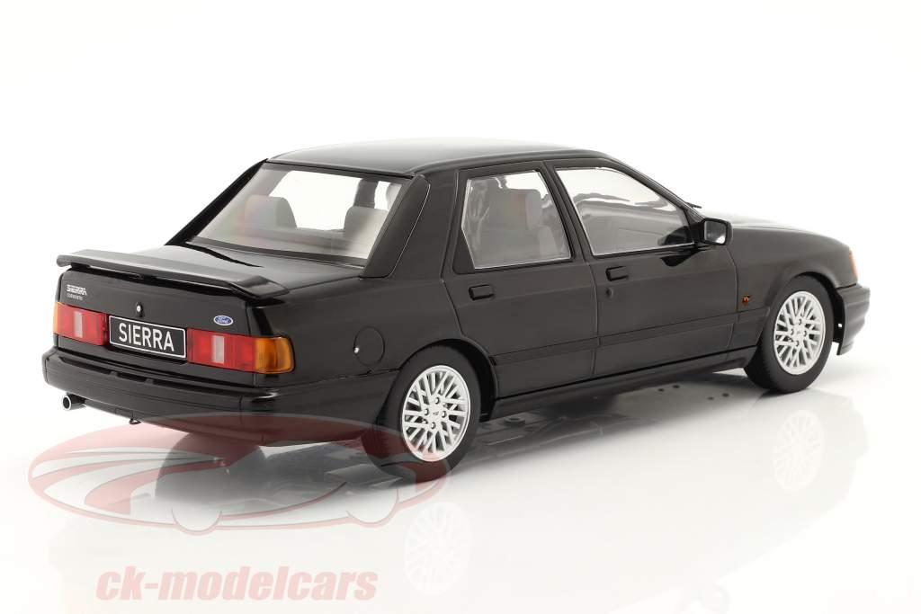 Ford Sierra Cosworth Byggeår 1988 sort 1:18 Model Car Group
