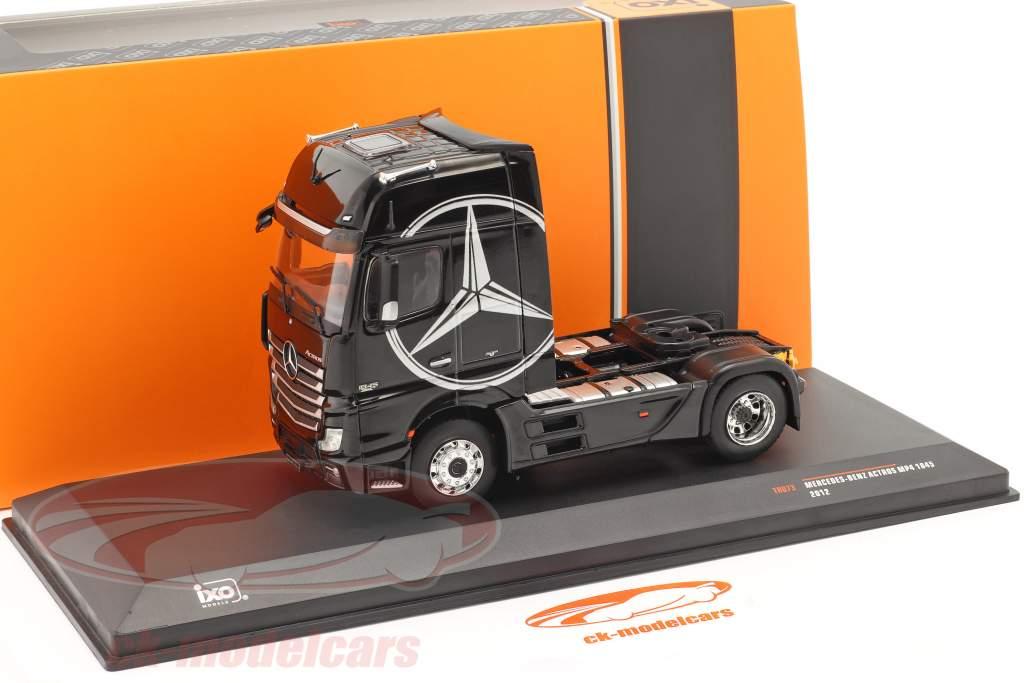 Mercedes-Benz Actros MP4 Sattelzugmaschine Baujahr 2012 schwarz 1:43 Ixo