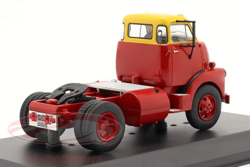 GMC 950 COE Camion Année de construction 1954 rouge / jaune 1:43 Ixo