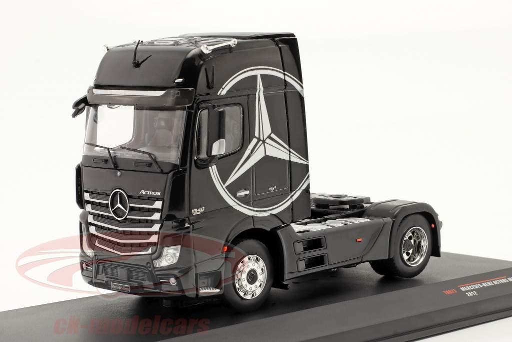 Mercedes-Benz Actros MP4 Camion Année de construction 2012 noir 1:43 Ixo