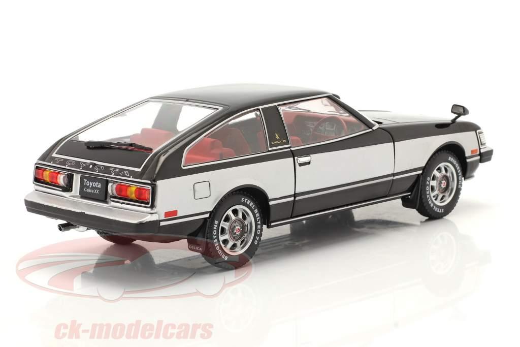 Toyota Celica XX RHD Anno di costruzione 1978 nero / argento 1:24 WhiteBox