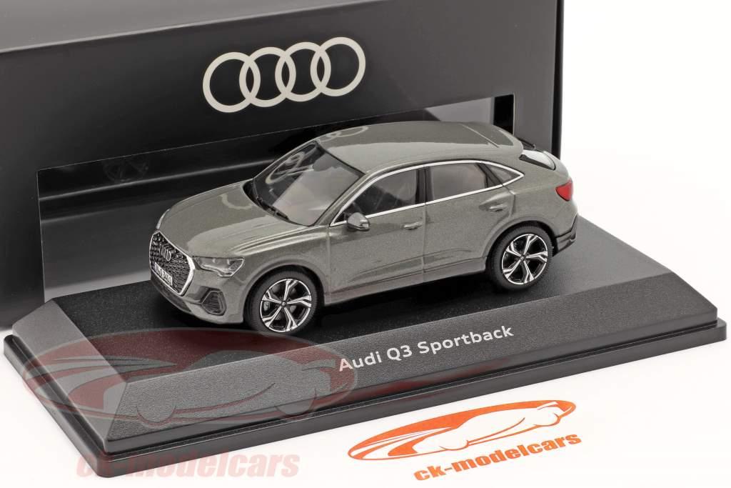 Audi Q3 Sportback (F3) Ano de construção 2019 chronos cinza 1:43 iScale