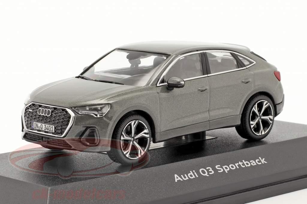 Audi Q3 Sportback (F3) 建設年 2019 クロノスグレー 1:43 iScale