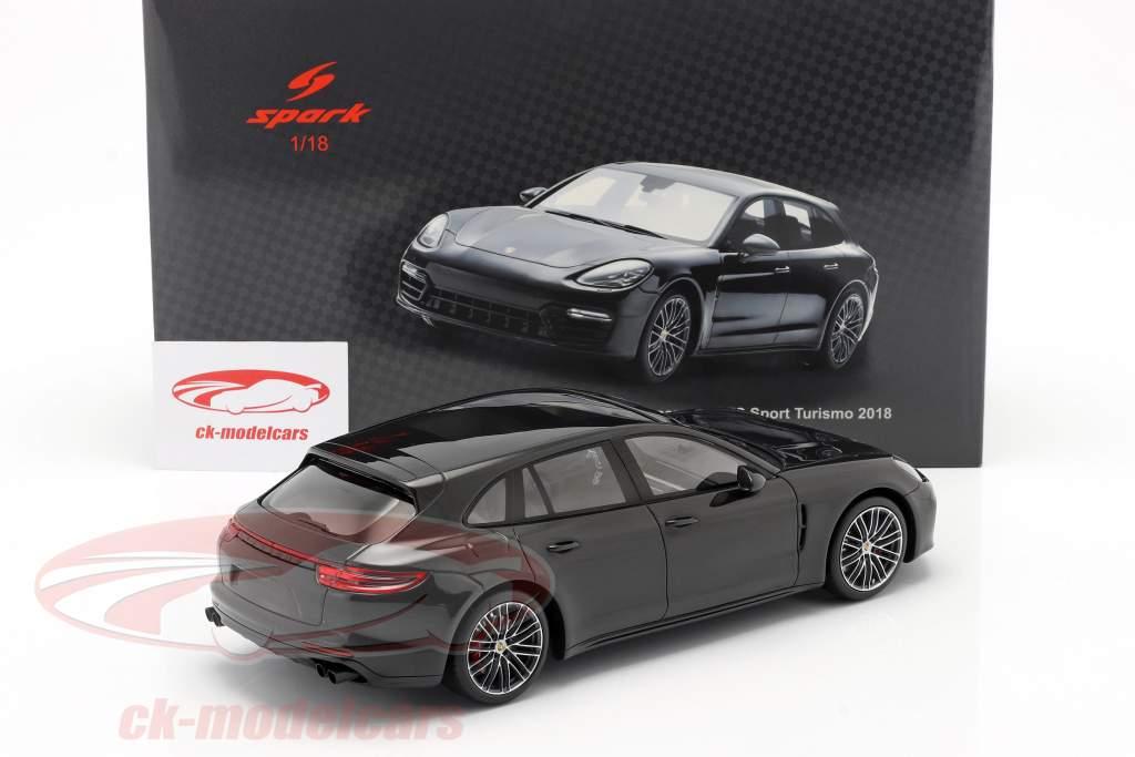 Porsche Panamera GTS Sport Turismo bouwjaar 2018 zwart 1:18 Spark