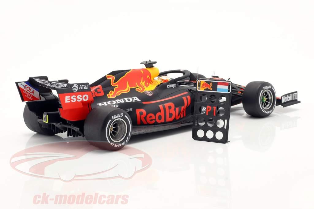 M.Verstappen Red Bull Racing RB16 #33 Ganador 70th Anniversary GP 2020 1:18 Spark
