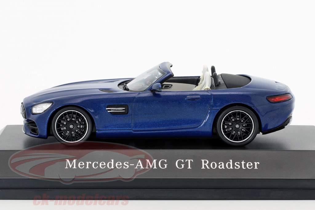 Mercedes-Benz AMG GT roadster année de construction 2017 brillant bleu métallique 1:43 Spark
