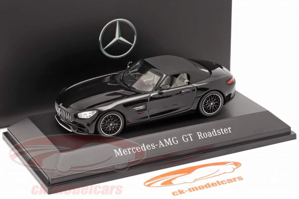 Mercedes-Benz AMG GT Roadster Bouwjaar 2017 magnetiet zwart metalen 1:43 Spark