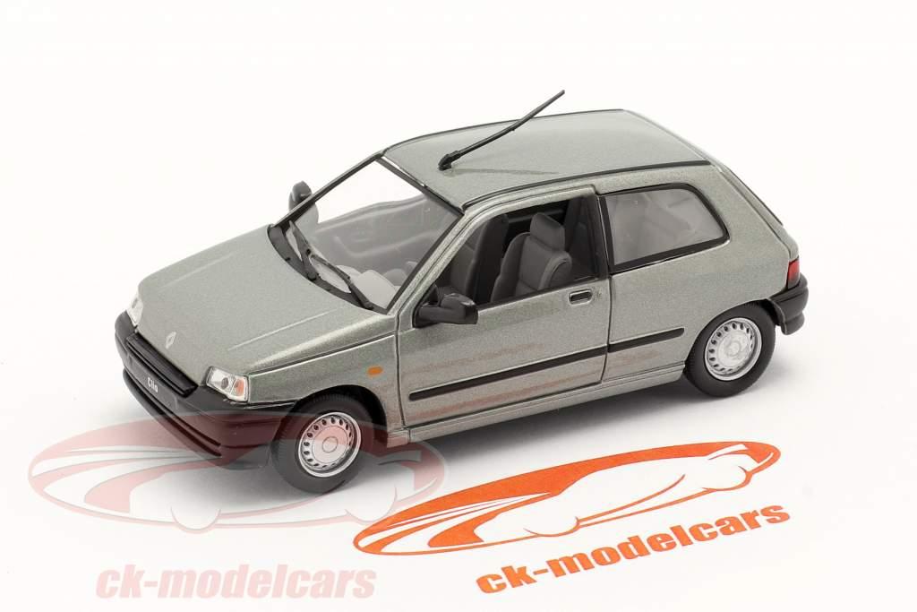 Renault Clio Byggeår 1990 sølv metallisk 1:43 Norev
