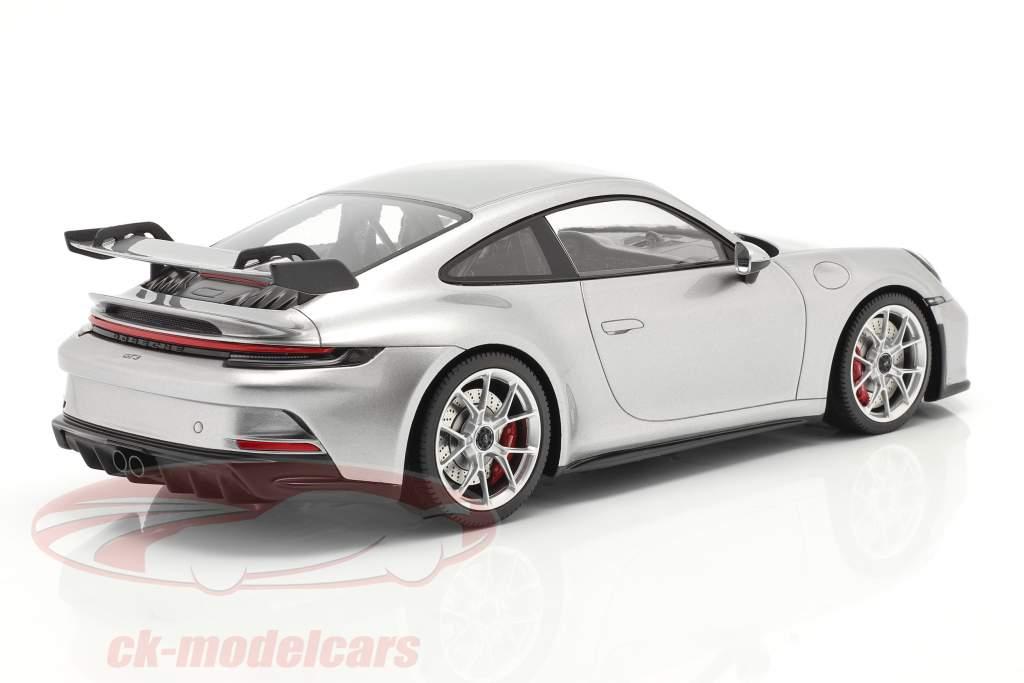 Porsche 911 (992) GT3 2021 GT-silber metallic mit Vitrine 1:18 Minichamps