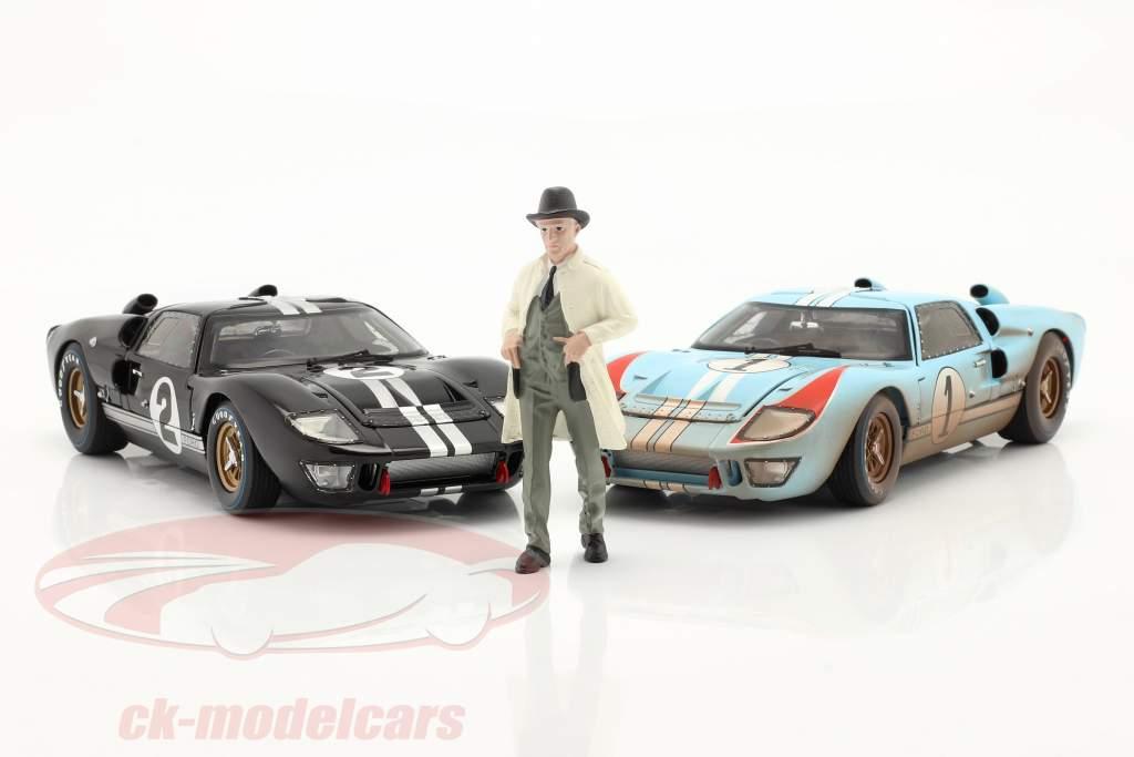 Race Day Series 2  figure #2  1:18 American Diorama