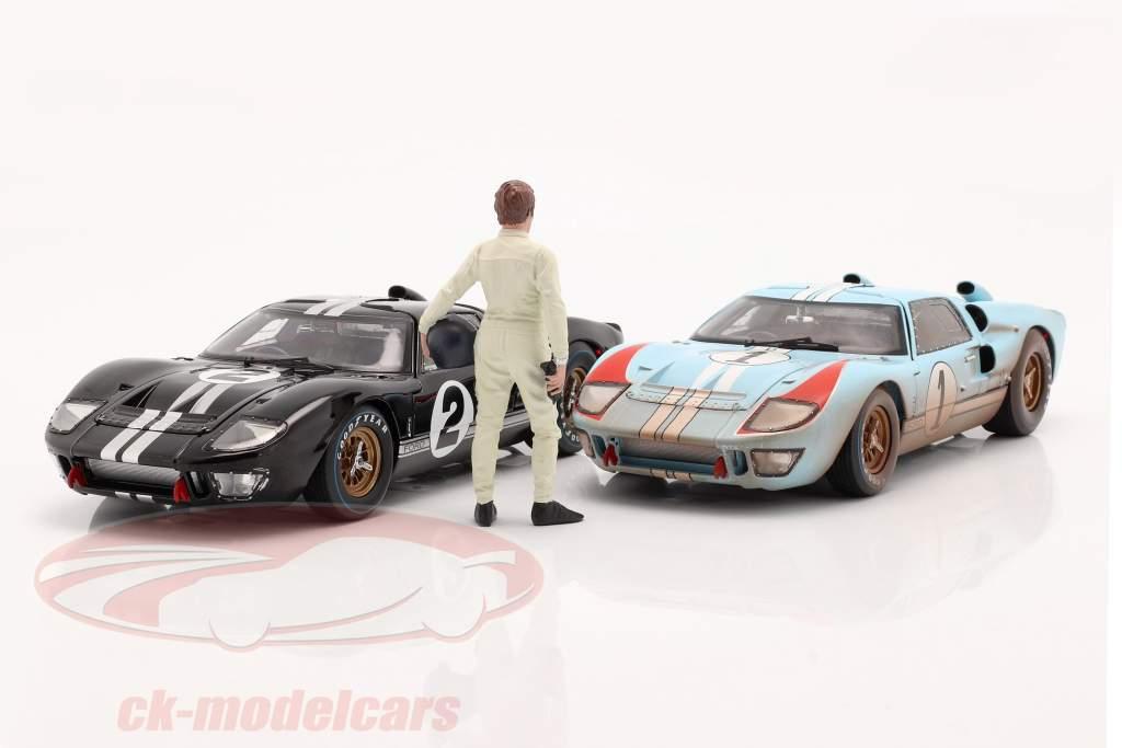 Race Day Series 2  figure #1  1:18 American Diorama