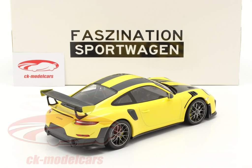 Porsche 911 (991 II) GT2 RS Weissach Package 2018 racing amarillo / plata llantas 1:18 Minichamps