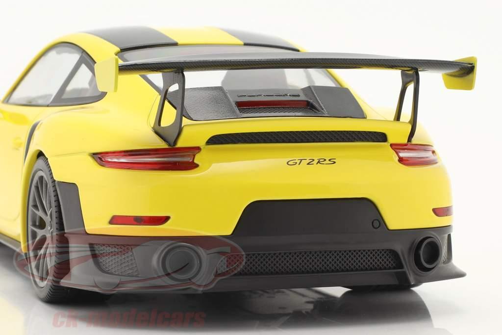 Porsche 911 (991 II) GT2 RS Weissach Package 2018 racing gul / sølv fælge 1:18 Minichamps