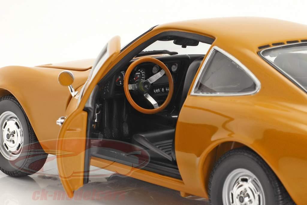 Opel GT bouwjaar 1970 okergeel 1:18 Minichamps