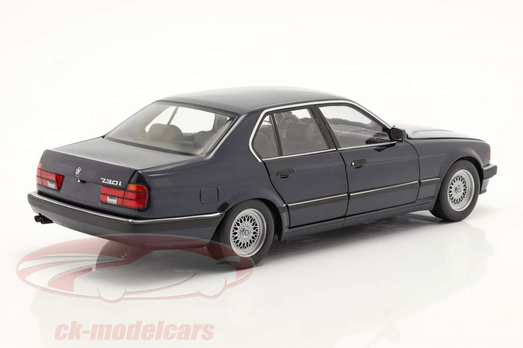 BMW 730i (E32) Ano de construção 1986 azul escuro metálico 1:18 Minichamps