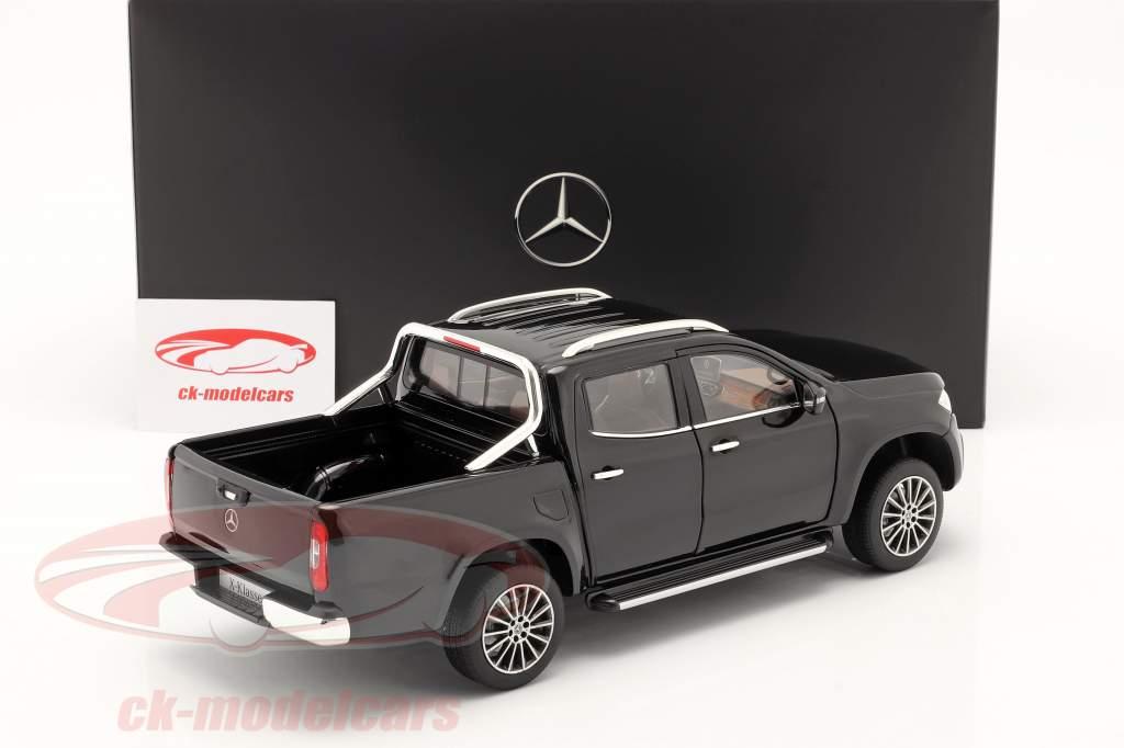 Mercedes-Benz X-Class kabara nero 1:18 Norev