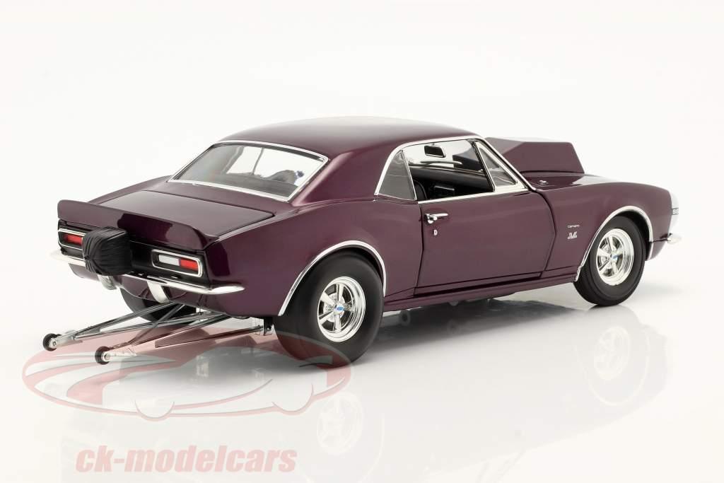 Chevrolet Camaro Drag Outlaws year 1967 purple 1:18 MGP