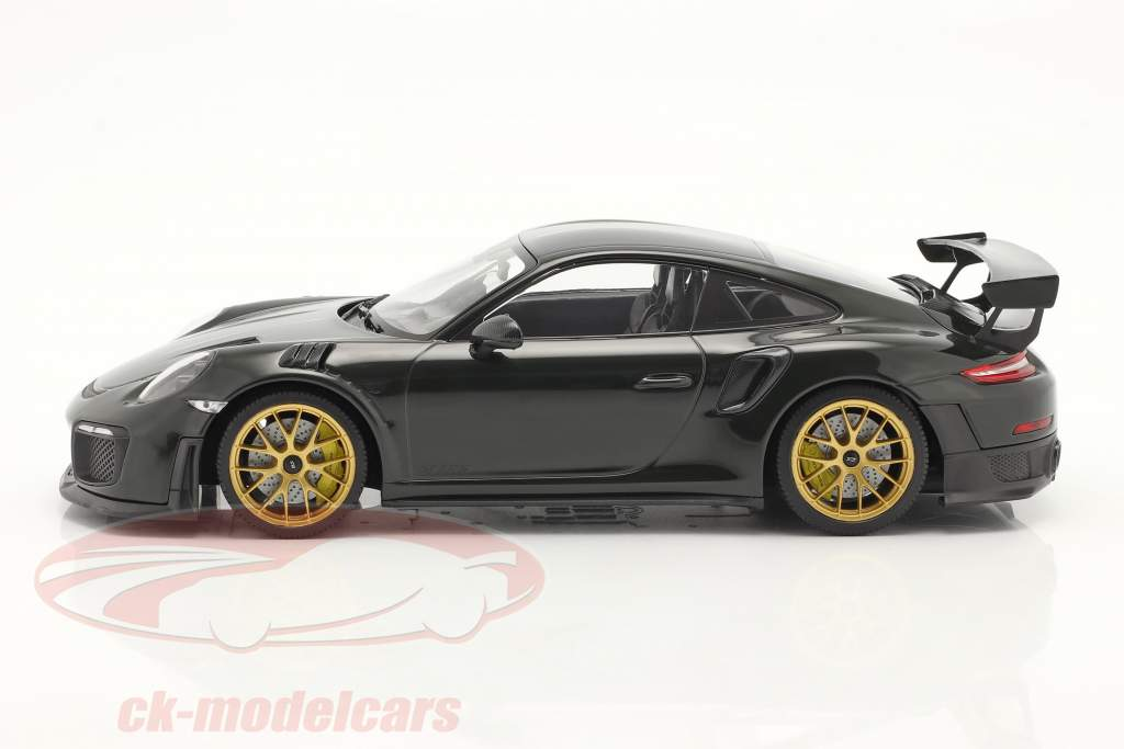Porsche 911 (991 II) GT2 RS Weissach Package 2018 verde / dourado aros 1:18 Minichamps