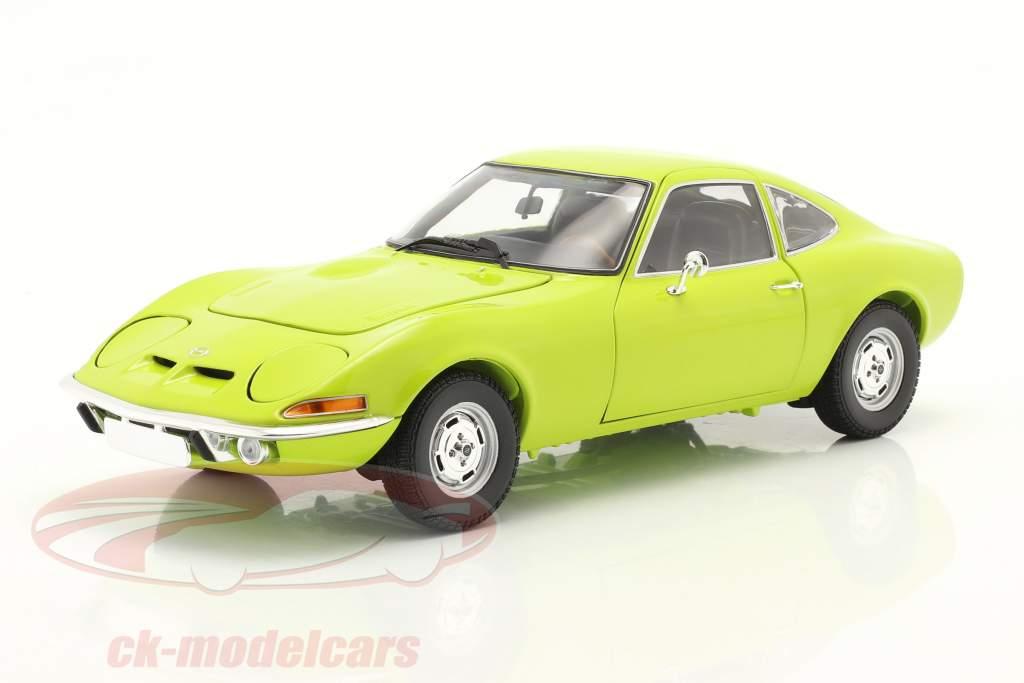 Opel GT Año de construcción 1970 verde claro 1:18 Minichamps