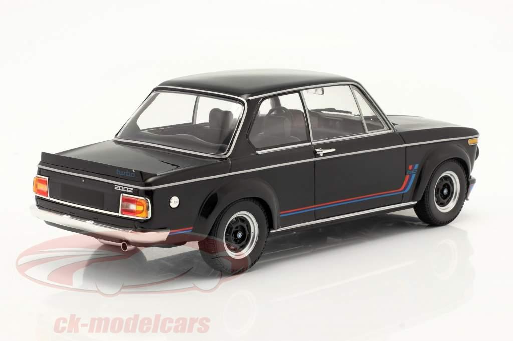 BMW 2002 Turbo Année de construction 1973 le noir 1:18 Minichamps