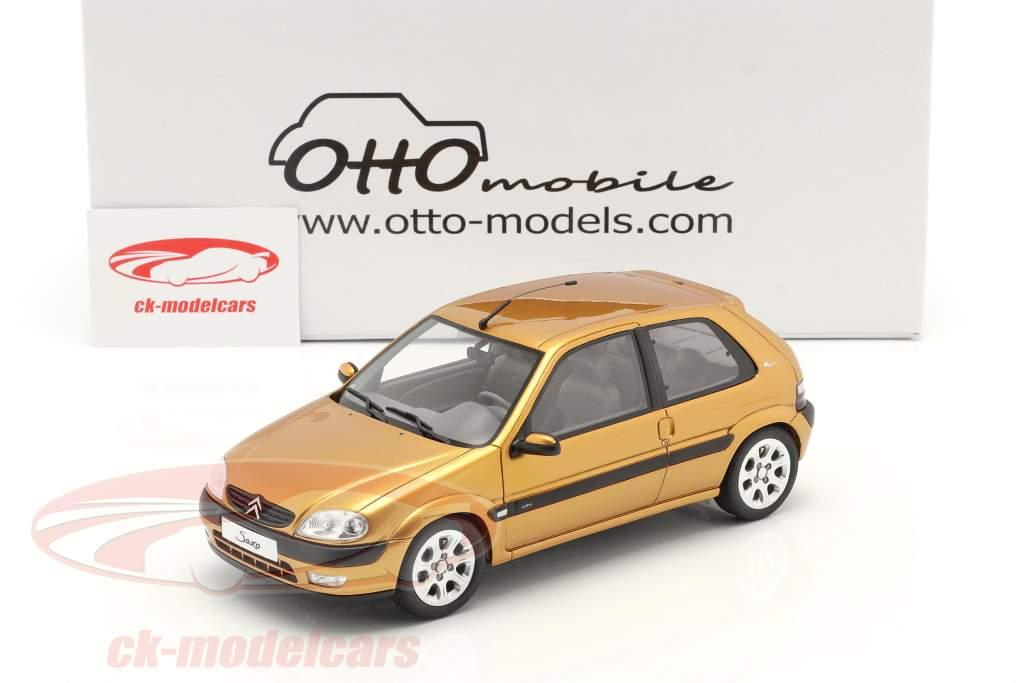 Citroen Saxo VTS bouwjaar 2000 heliodorus geel 1:18 OttOmobile